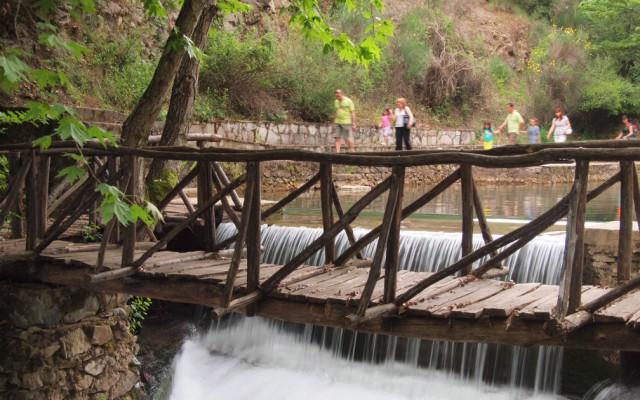 Πυγολαμπίδες στη Γουμένισσα | Εκδρομές με την οικογένεια