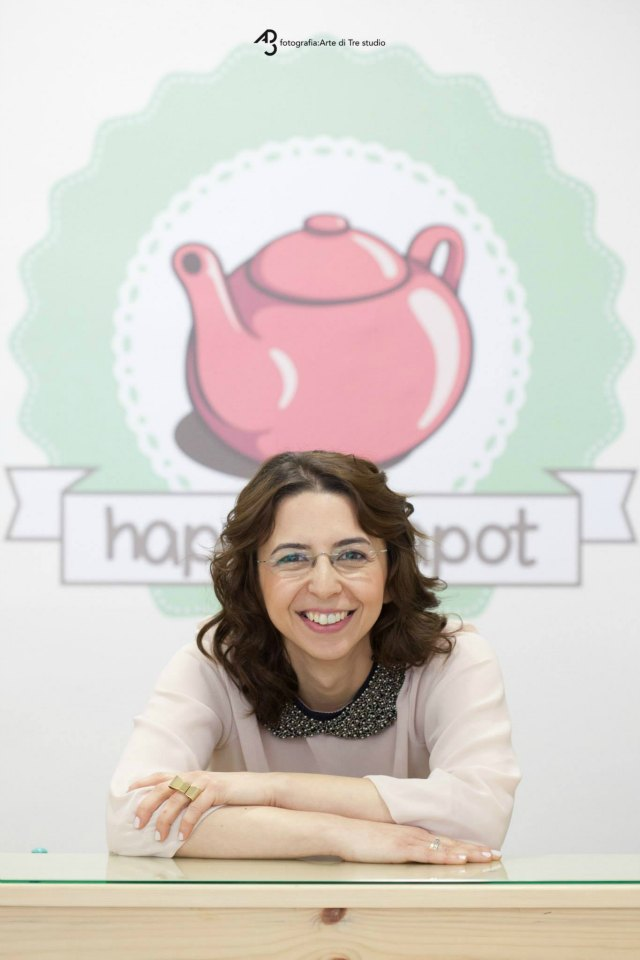 lefki happy teapot