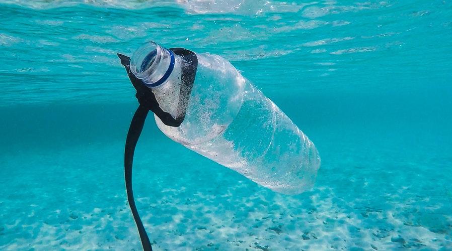 ιδέες για μείωση των πλαστικών στην παραλία
